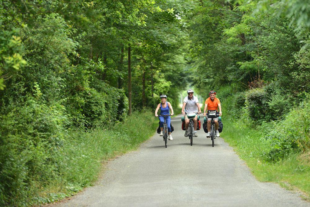 Campingplatz Frankreich Centre : Visitez les environs du camping à vélo © Joël Damase