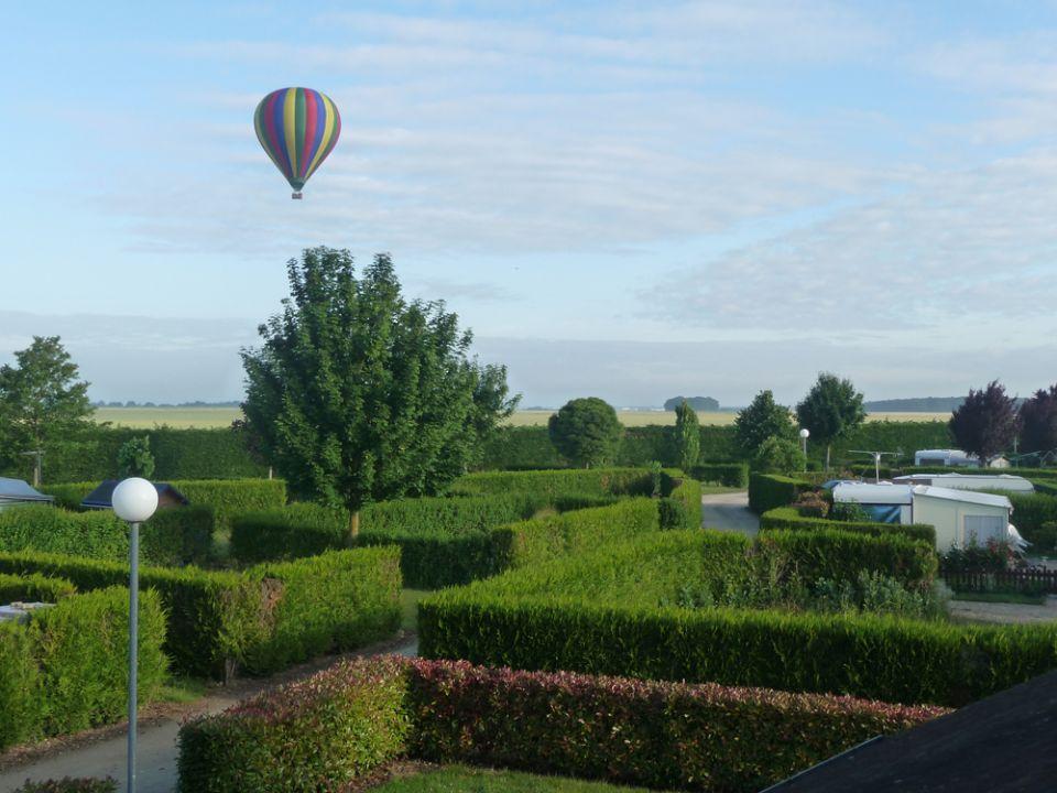 Campsite Eure et Loir France Centre : Découvrez la région vue du ciel à bord d'une montgolfière